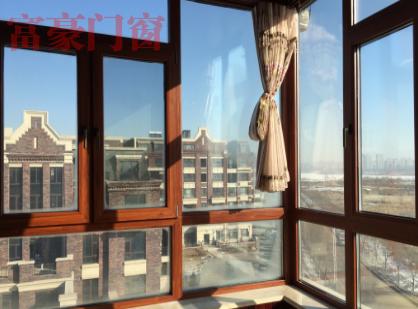 高档木塑铝窗