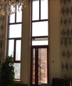 高档木塑铝门窗